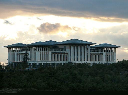 Ak_Saray_-_Presidential_Palace_Ankara_2014_002.jpg