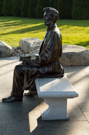 Abraham Lincoln Statue, Gettysburg National Military Park Visitor's Center, November 8, 2010